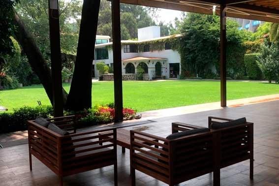 Venue Banquetes escoffier. Jardín Azteca vista general