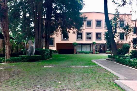 jardines y salones para eventos, Cracovia vista del jardin