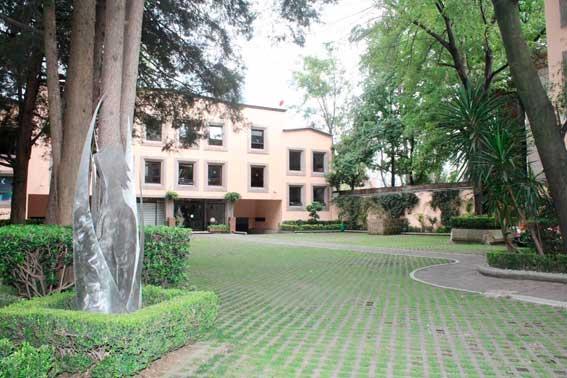 jardines y salones para eventos, Cracovia vista del edificio