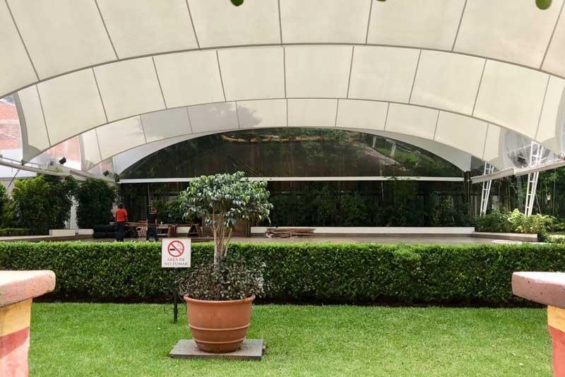 Jardines y salones para eventos Escoffier vista general desde atras de Hacienda San Fernando