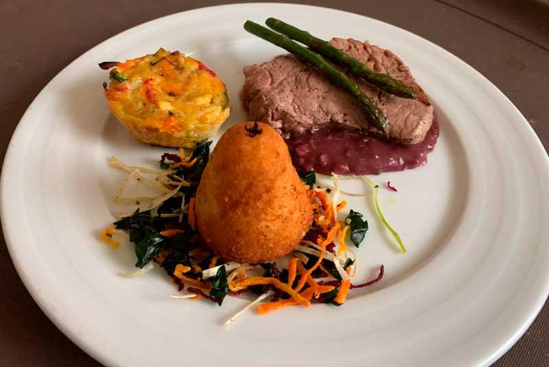 Banquetes para eventos Escoffier Montaje de platillo gourmet